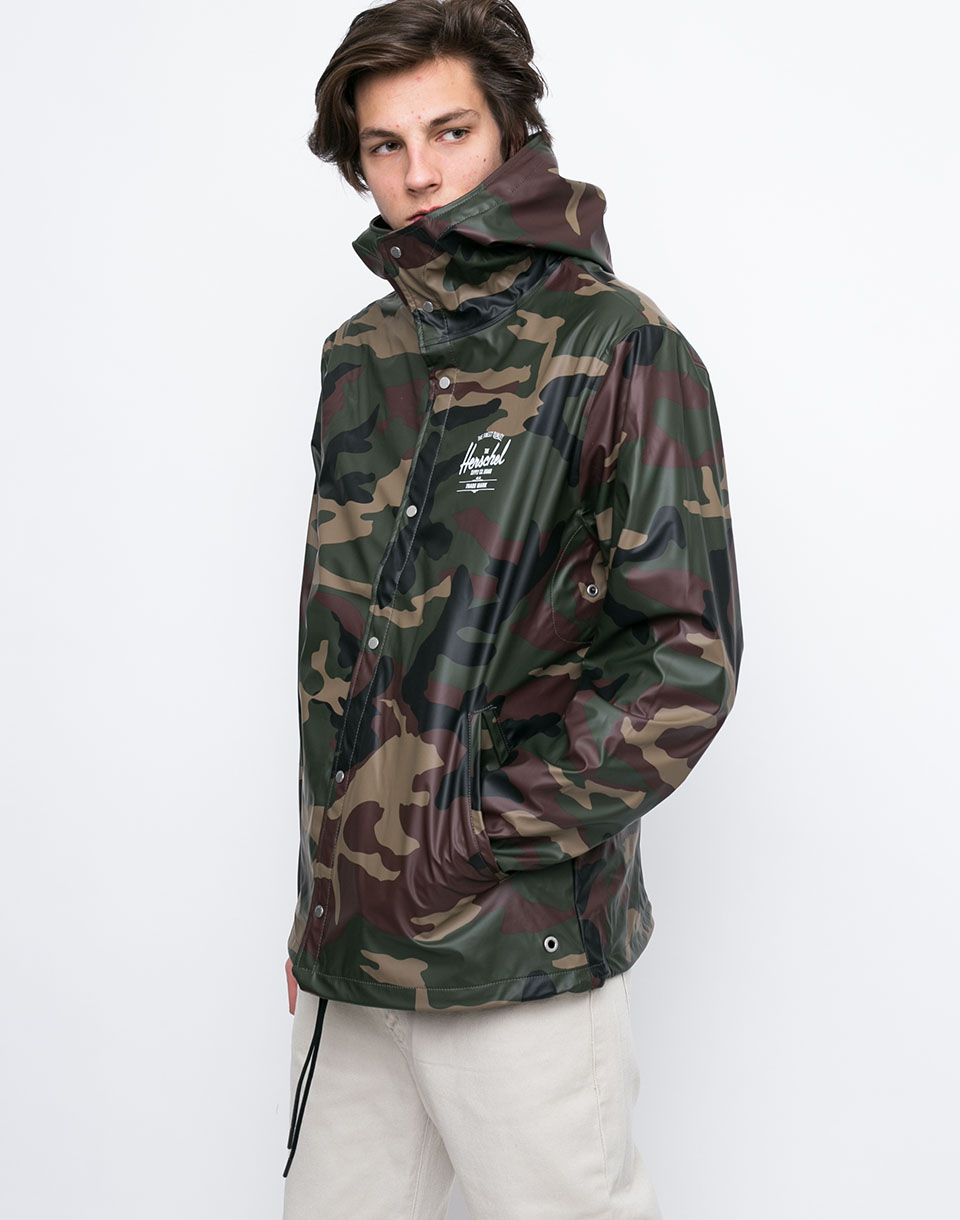 Herschel Supply Forecast Hooded Woodland Camo White Classic Logo L