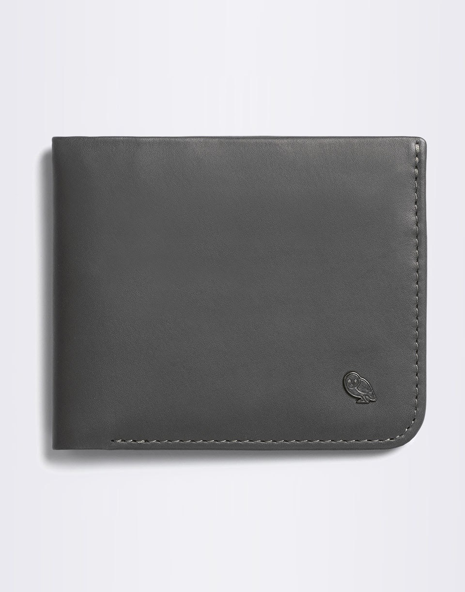 Bellroy Hide and Seek Charcoal / Arctic Blue