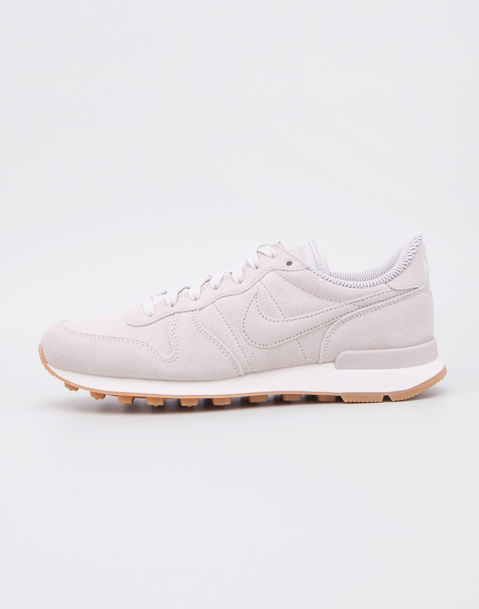 Nike Internationalist SE Light Bone   Light Bone   Phantom   Sail 37 5