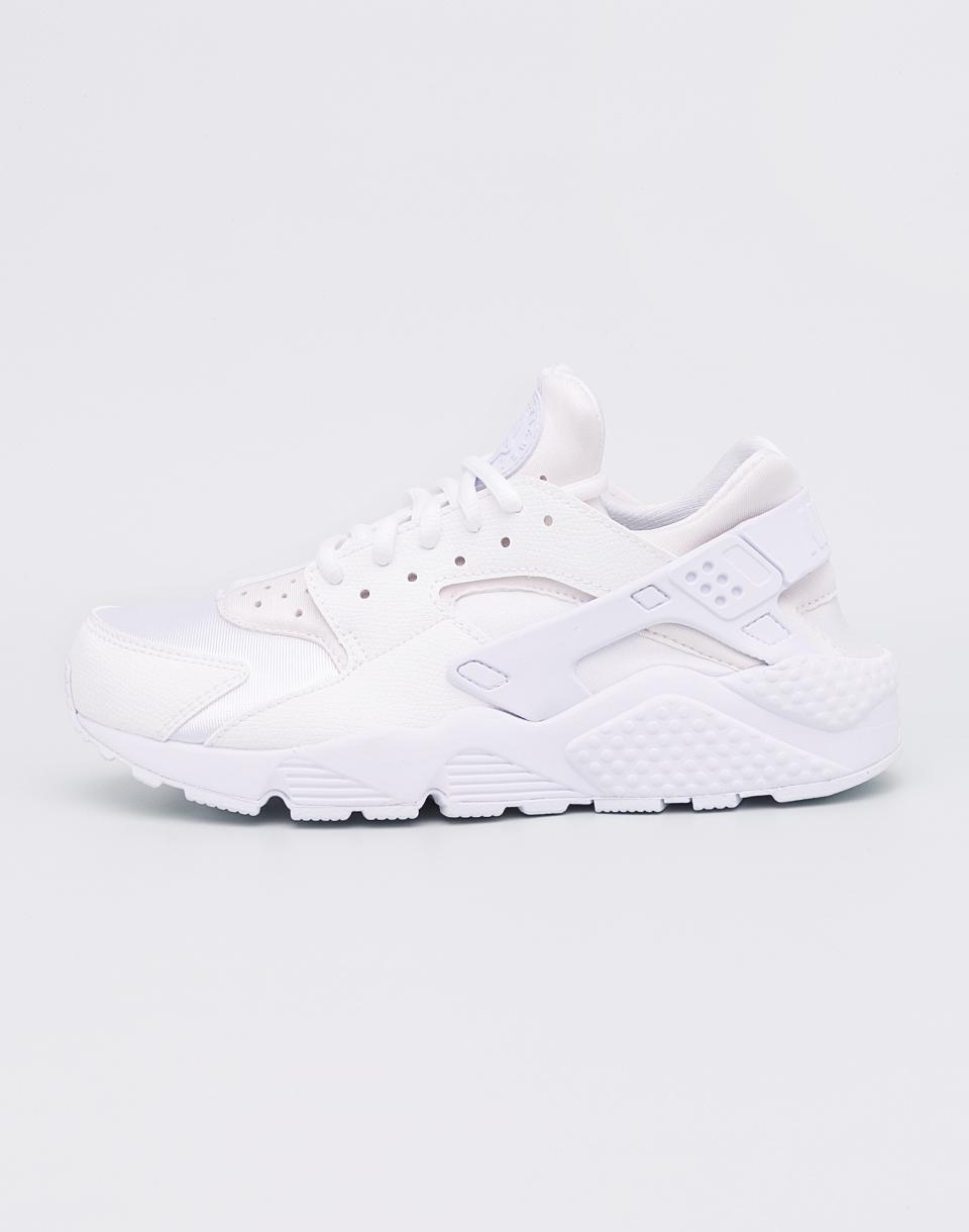 UPC 885176444908 Women's Nike Air Huarache Run Sneaker, Size