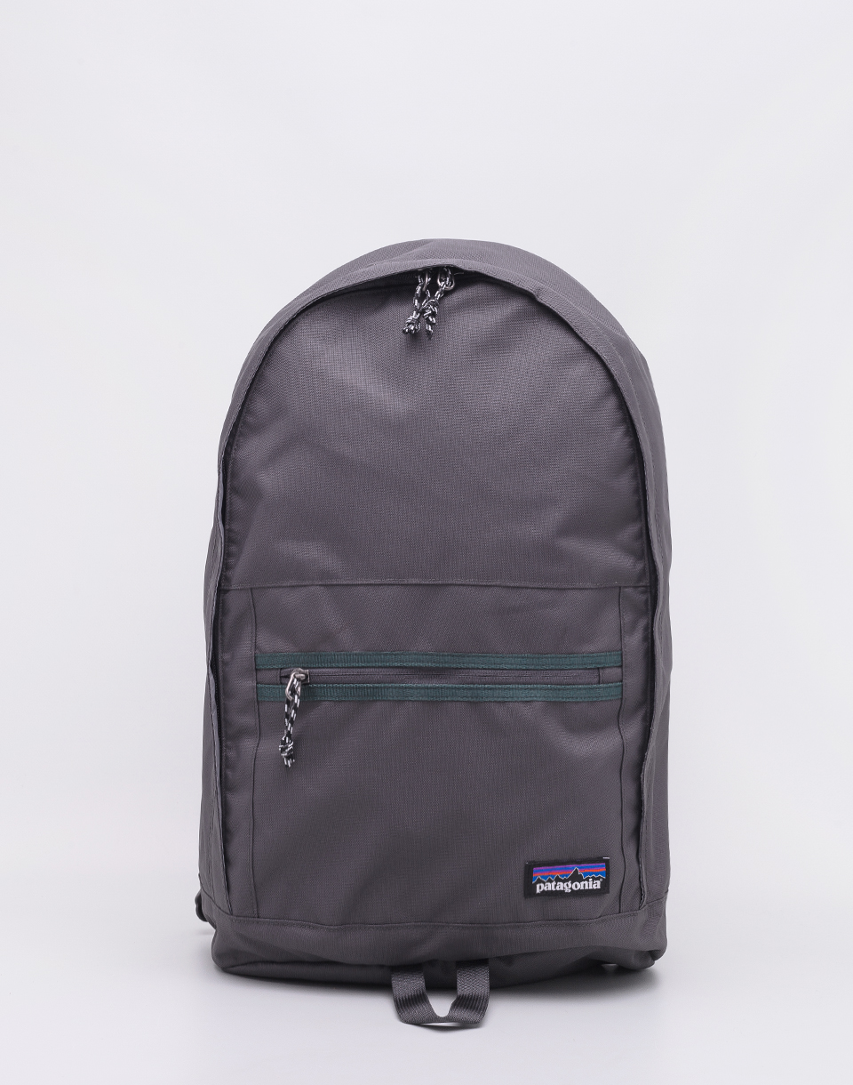 Batoh Patagonia Arbor Day Pack 20 l Forge Grey f6925acc9e