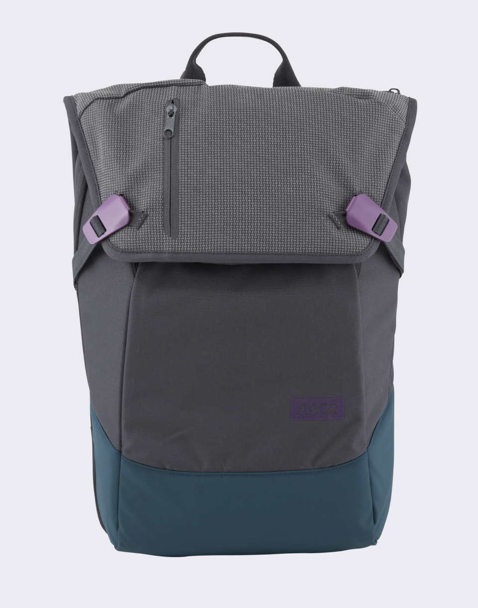 Aevor Daypack Echo Grape