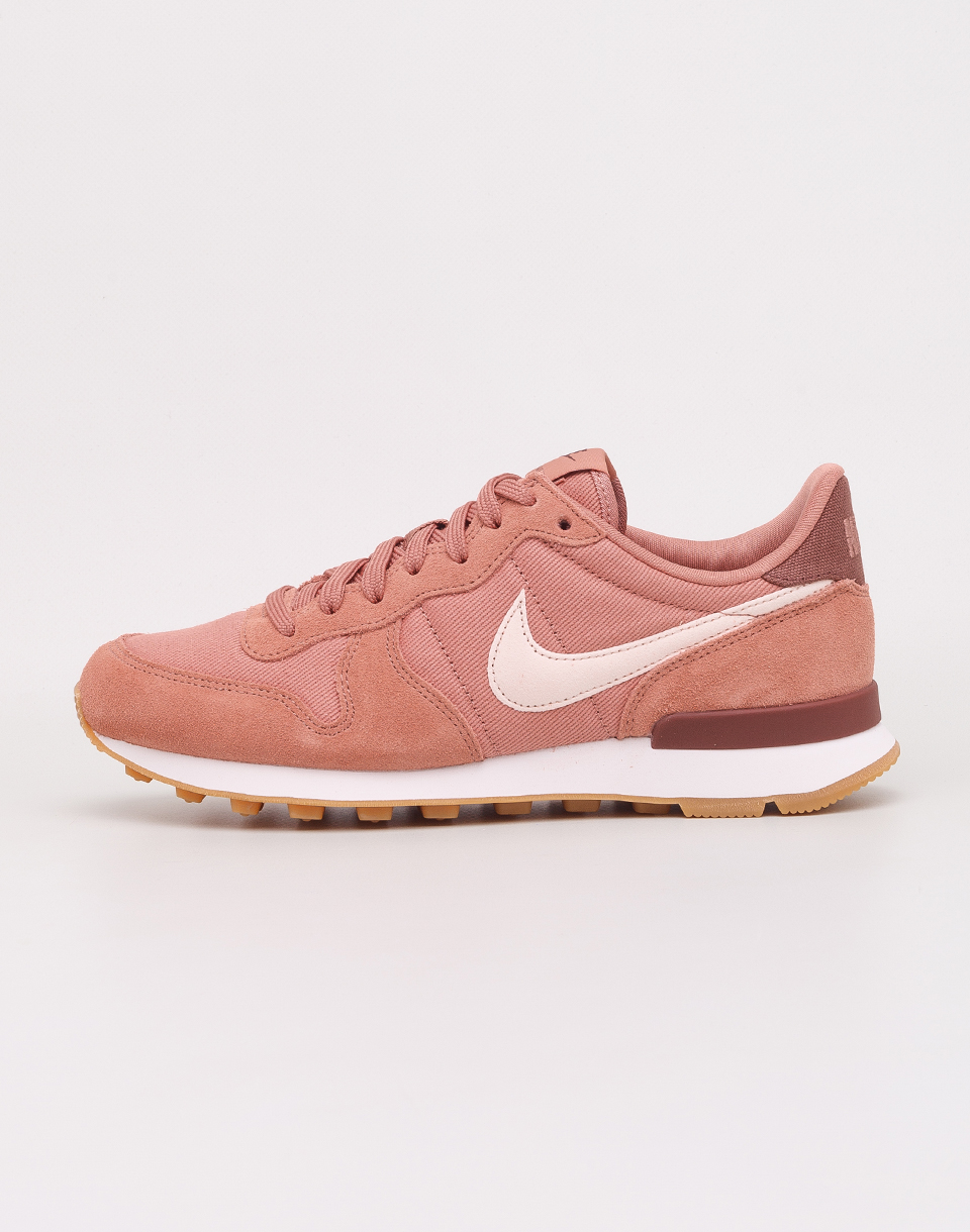 Nike Internationalist Terra Blush  Guava Ice  Summit White 36