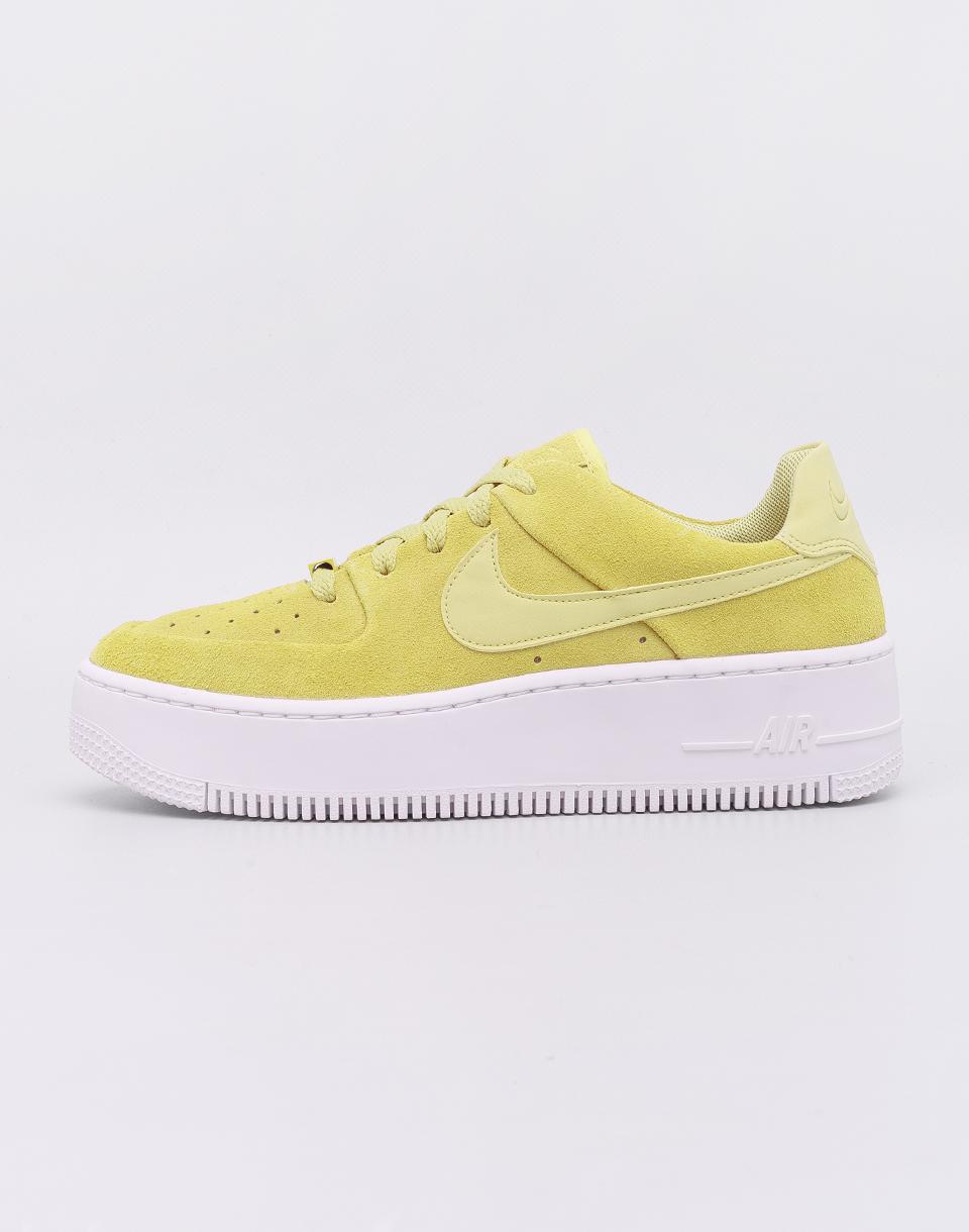 8327957891b Nike Air Force 1 Sage Low Celery  Celery- White 38