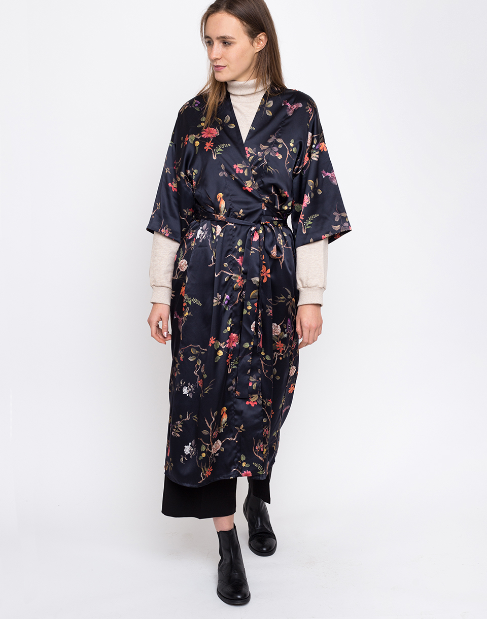 Jan  N June Airi Satin carpe diem Print M
