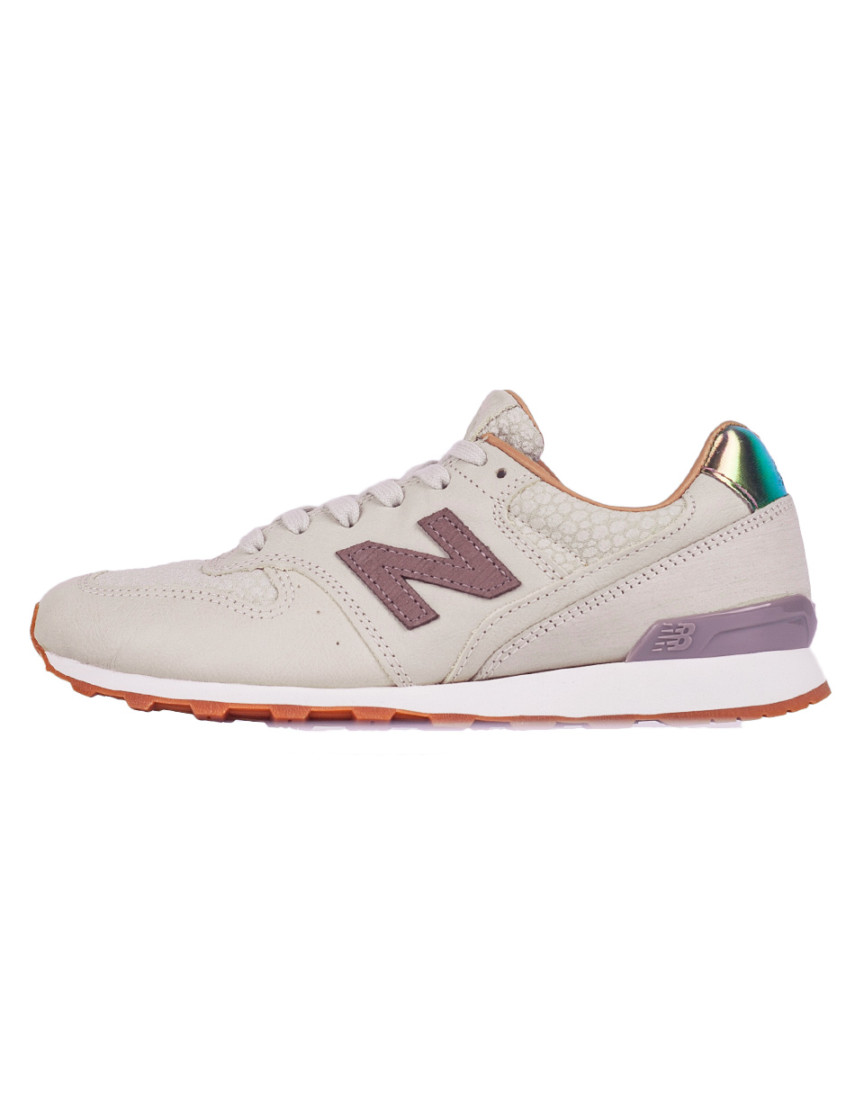 New Balance WR996 Powder with Cresent 41
