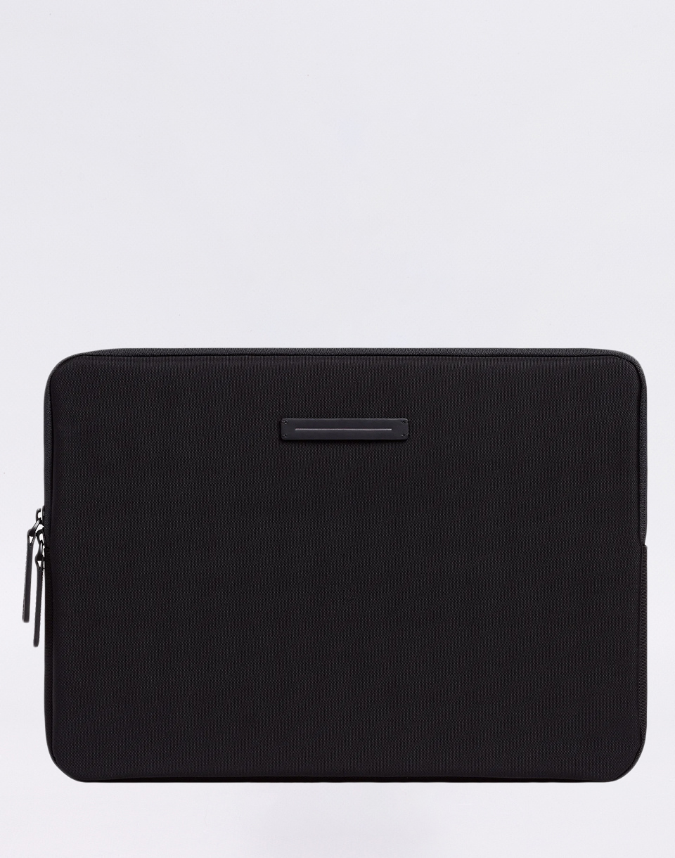 Horizn Studios Koenji Laptop Case 15  All Black