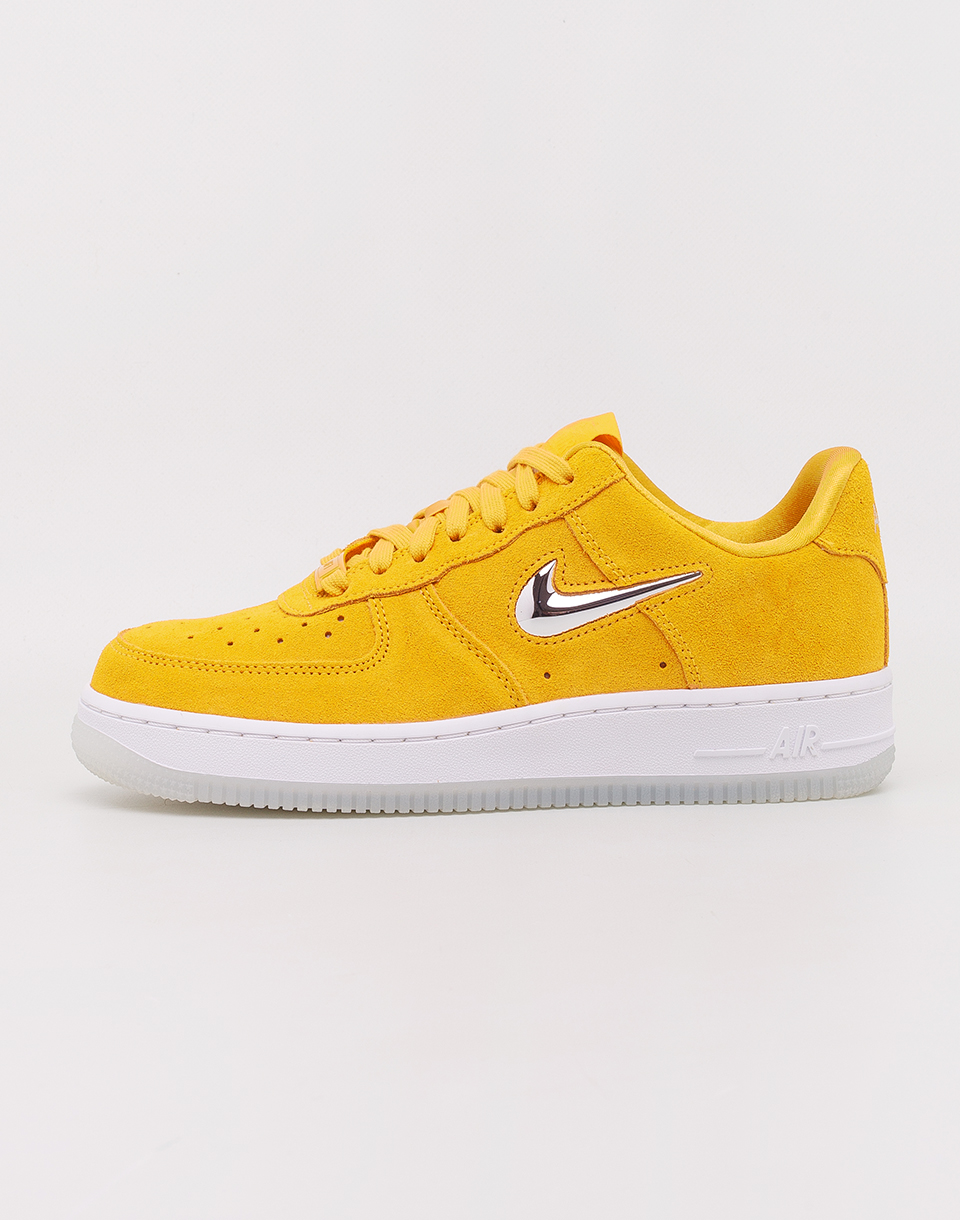 Nike Air Force 1  07 Premium LX Yellow Ochre  Metallic Silver   White 38