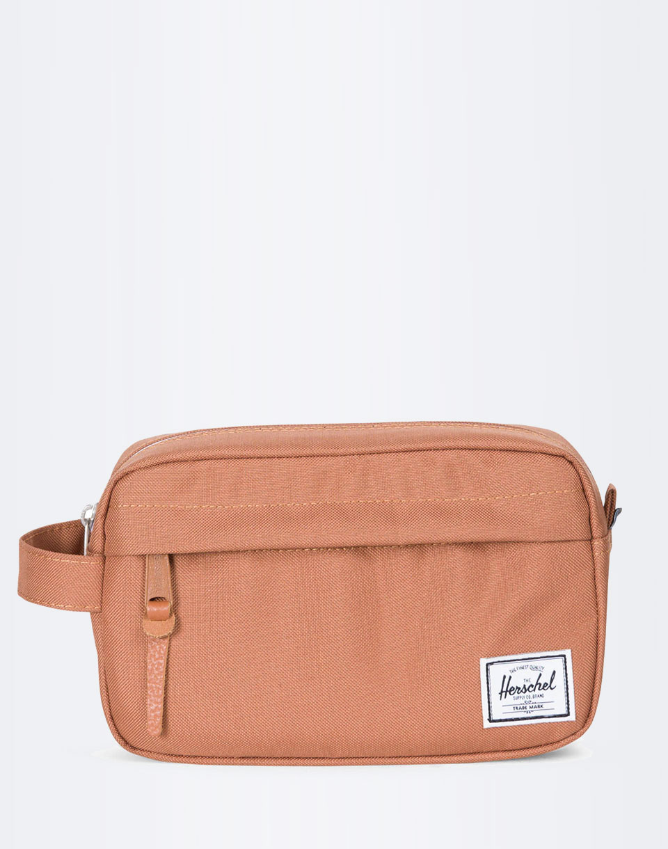 Na kosmetiku Herschel Supply Chapter Carry On Caramel