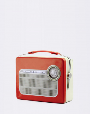 Kikkerland - Tin Lunch Box Radio