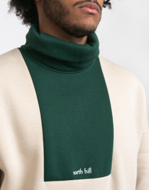 North Hill - Colorblock Turtleneck Green