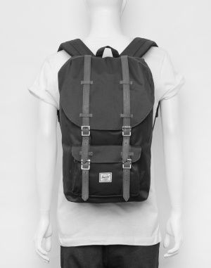 Herschel Supply - Little America Light