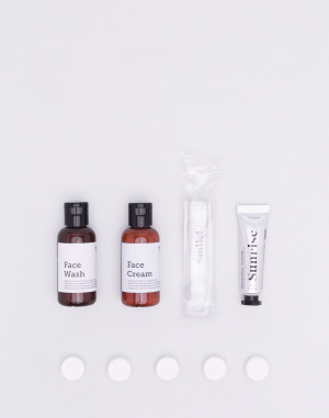 Men's Society - Neeoow-In-Flight Wash Kit