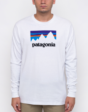 Patagonia - Shop Sticker Responsibili-Tee