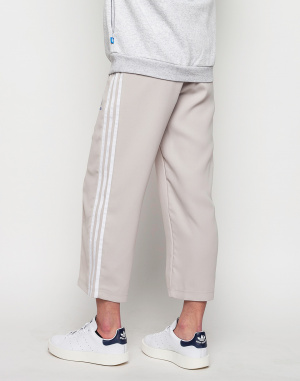 Tepláky - Adidas Originals - Sailor 7/8