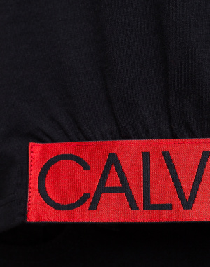 Calvin Klein - Cropped Tee