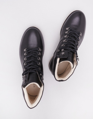 Makia - Trail Boot