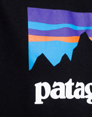 Patagonia - Shop Sticker Responsibili
