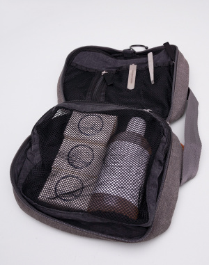 QWSTION - Toiletry Kit
