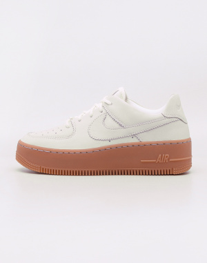 Nike - Air Force 1 Sage Low LX