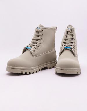 Boots Native Johnny TrekLite