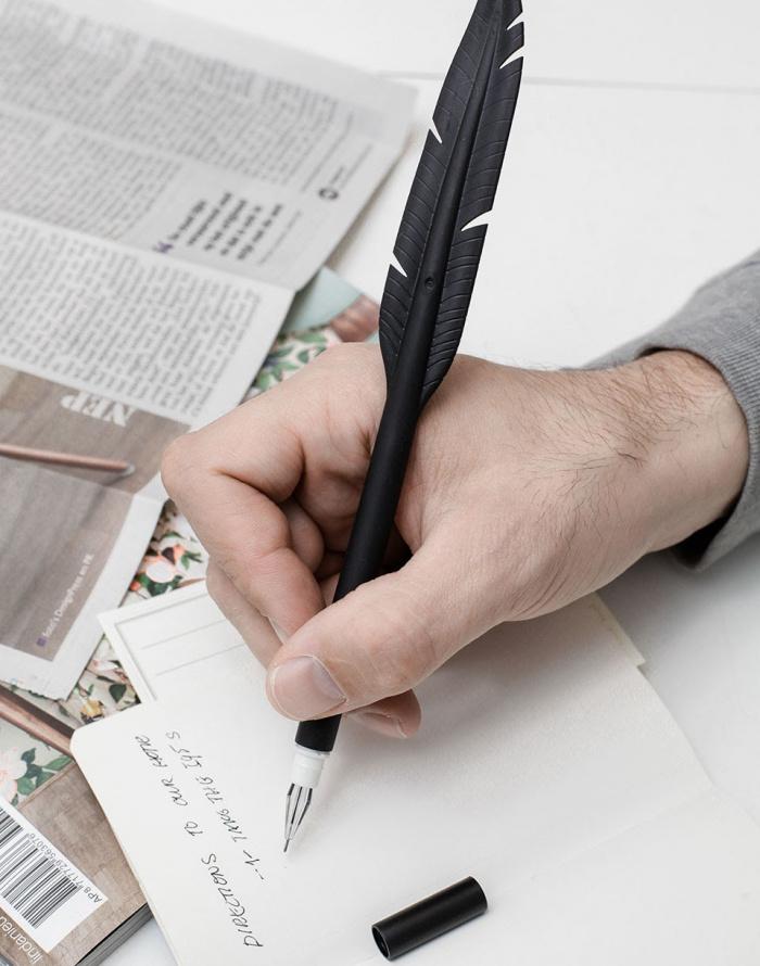 Kikkerland - Pen Feather