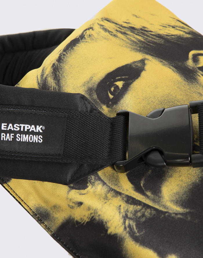 Crossbody - Eastpak - Raf Simons Poster Waistbag