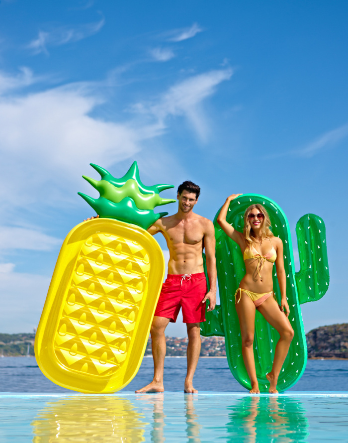 Nafukovačka - Sunnylife - Luxe Lie-On Float Pineapple