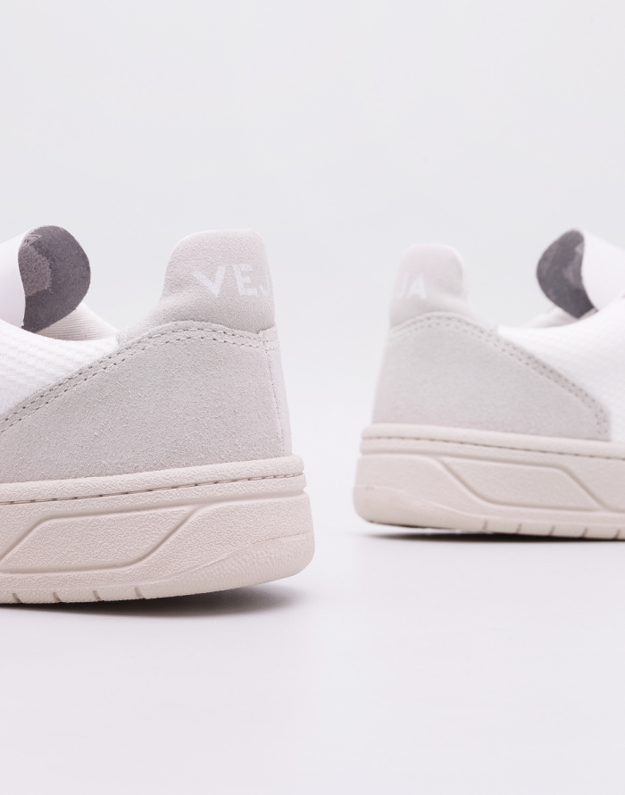 Shoe Veja V-10