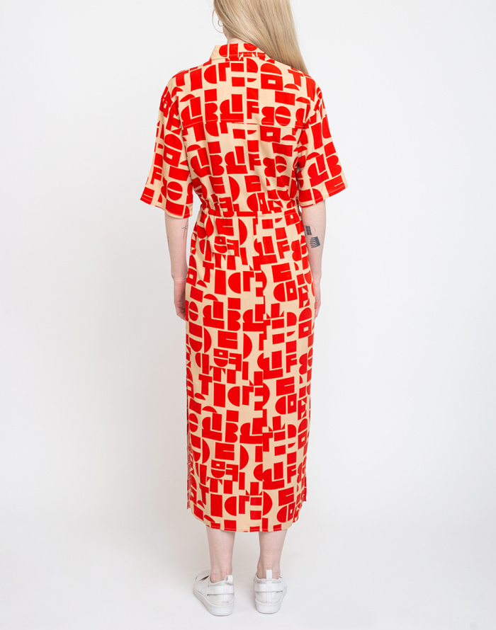 Šaty Edited Hester Dress
