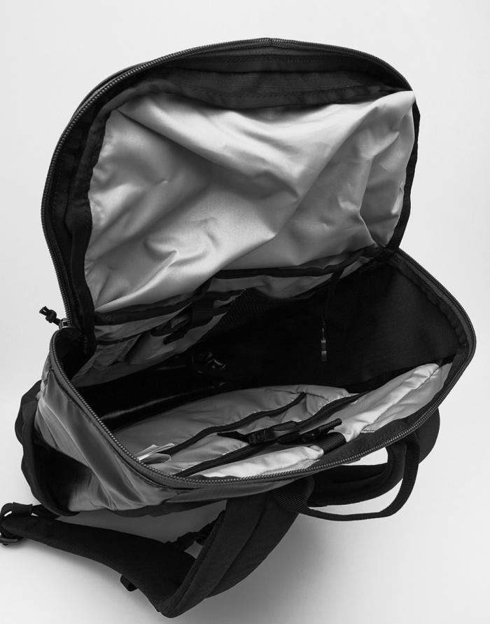 Batoh - Patagonia - Black Hole Pack 25 l