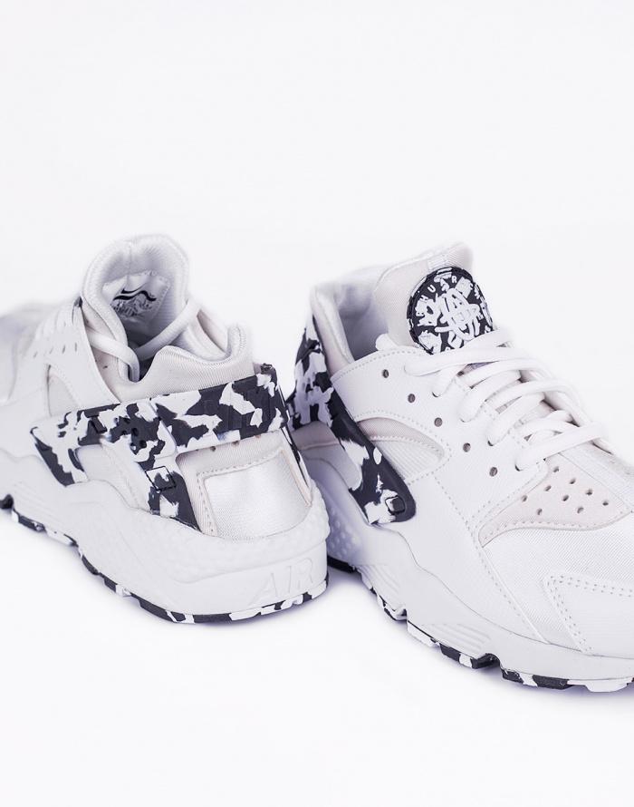Tenisky - Nike - Air Huarache Run SE