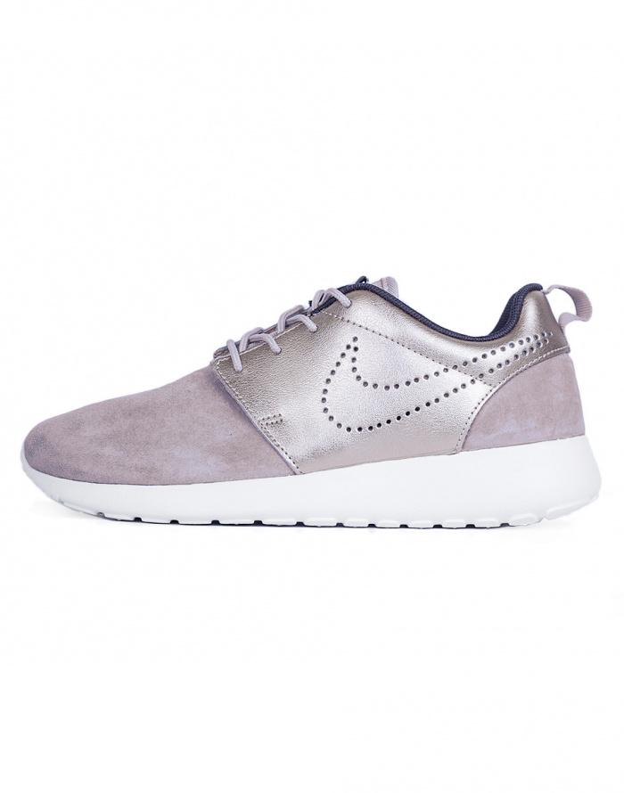 buy online dd8d4 341e1 Sneakers - Nike - Roshe One Premium Suede