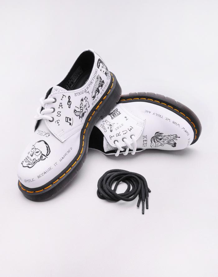 Low shoes Dr. Martens 1461 Scribble
