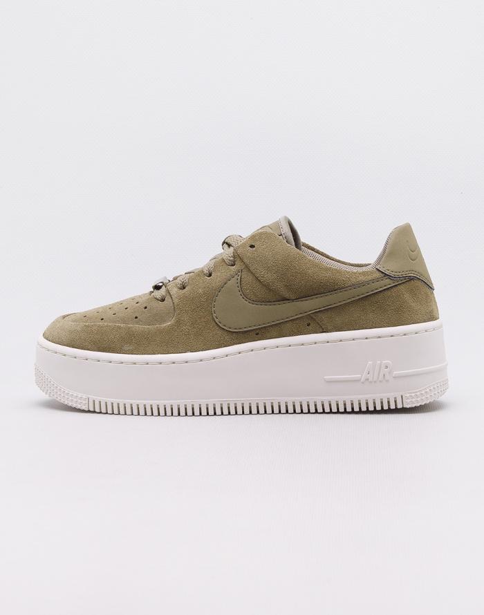 Boty Nike Air Force 1 Sage Low